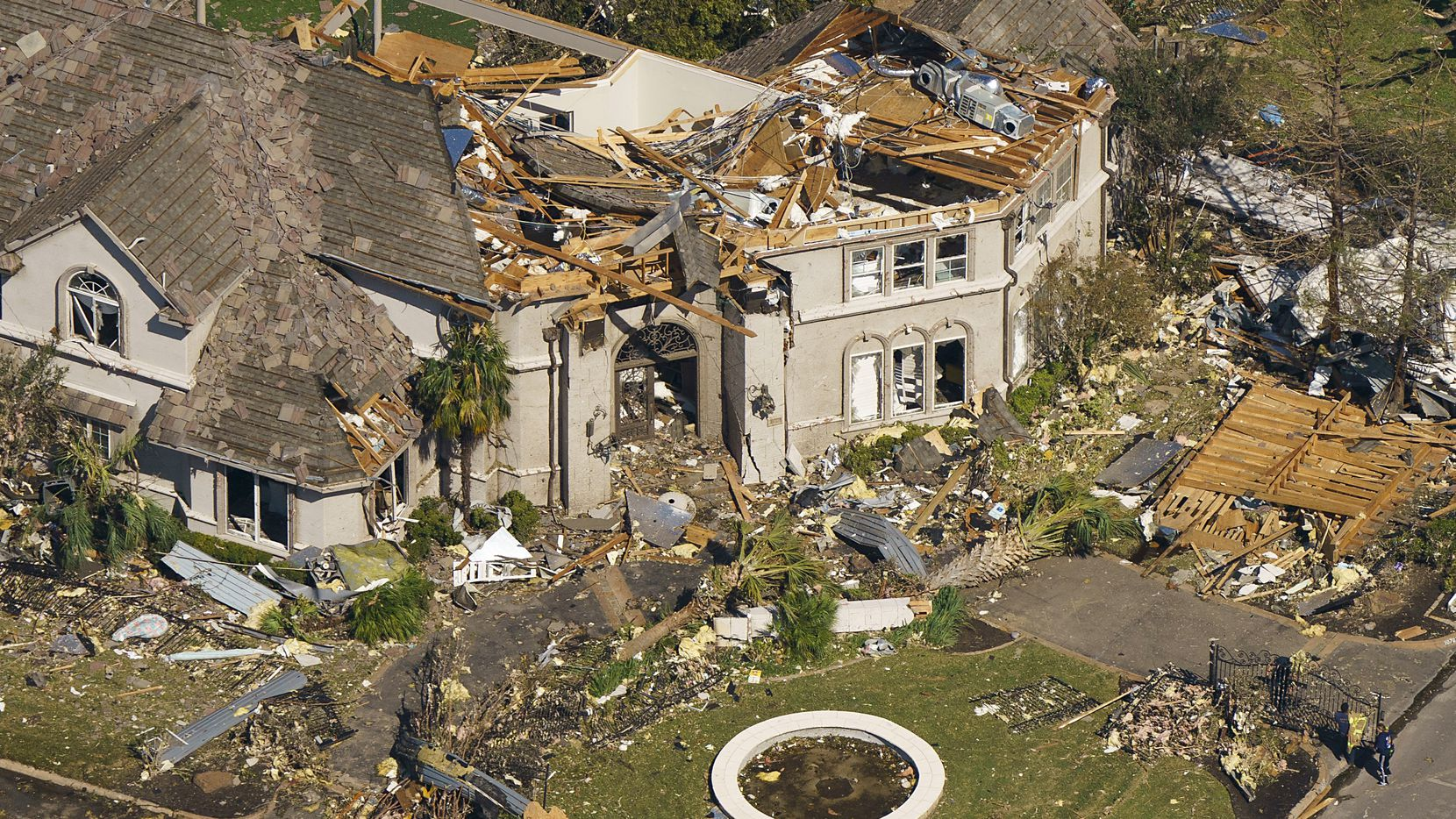 Helpful tips from a Dallas General Contractor for Protecting your Home from a Tornado