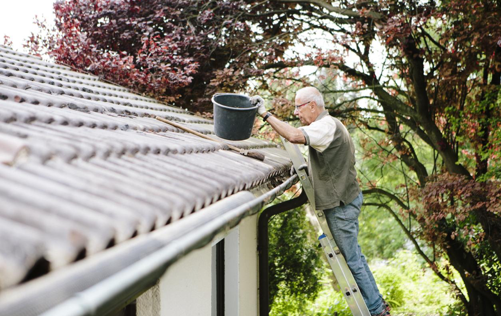 HOW TO PREPARE YOUR ROOF FOR SPRING